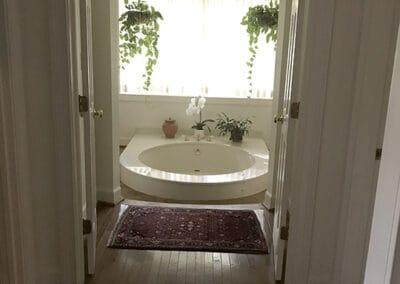 Master bath original 1